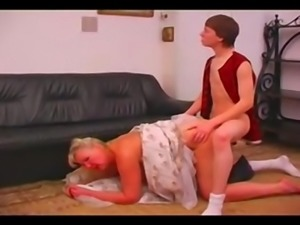 Amateur russian mature fuck boy kinkyandlonel
