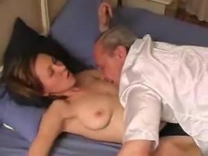 Teen fucked by oldman