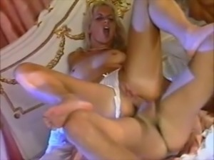 Italian Bedroom FFM Sex