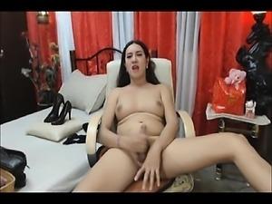 Brunette ladyboy releases her sperm