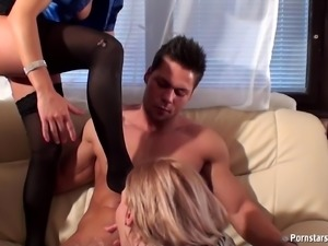 Sleazy lesbian bitches like threesome sex and being pissed on