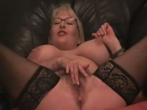 Huge breasted nerdy blonde MILF performed for me her solo show
