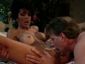 Retro senorita gets the licking and banging of her wildest dreams