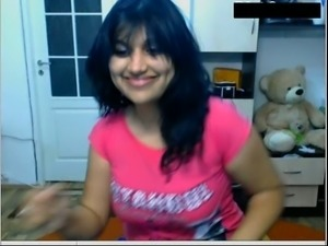 Chubby amateur Indian black head webcam flashes her sexy boobies