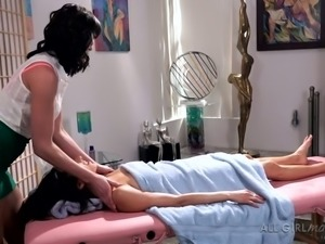 Sweet raven haired sex doll Bianca Breeze gets provided with stout erotic...