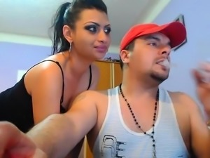 Stay today Indian sex couple that is cam