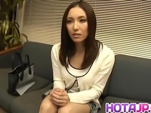 Nozomi Mashiro Asian doll gets pussy spread
