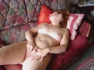 Angie(40) masturbating and cumming 3 times