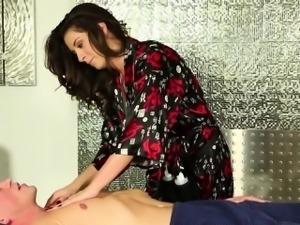 Fingered masseuse guzzles