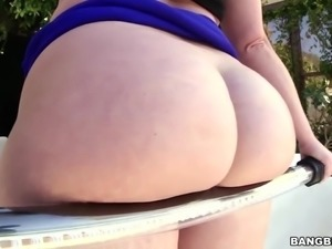 Big Ass Virgo Peridot Does BBC Anal