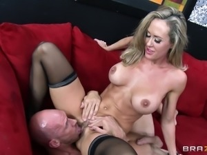 Cougar MILF In Sexy Lingerie Getting Hammered Hardcore