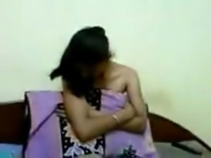 Desi Indian sikh girl recorded nude by husband