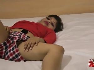 amateur indian pornstar milf rupali masturbation with dildo