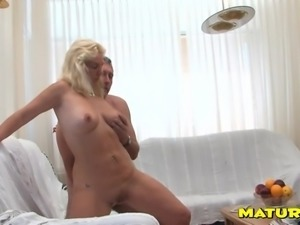 Old lady and her man have beautiful sex in doggystyle