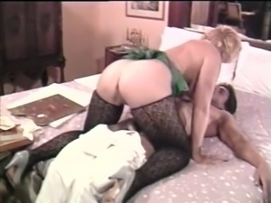 Busty Swedish temptress with round butt makes her lover eat her pussy