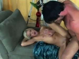 Blonde hottie Kacey Jordan gets her young twat stuffed and