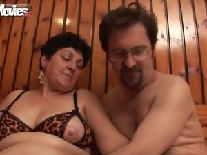 Swingers arrange dirty orgy in the sauna