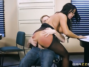 Milf chica minx Simone Garza with big knockers
