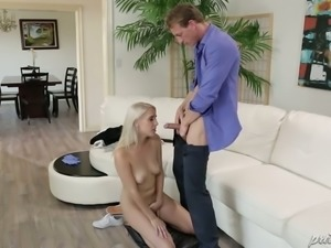 Spoiled blond haired bitch Cadence Lux and mature stud present hot oral session