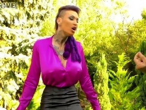 Flamboyant Calisi always easily takes the cock into her other hole
