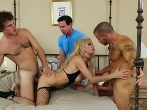 Adventurous slut Nadia North is having a three way with two men