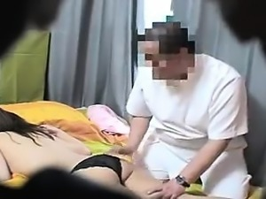 Lucky masseur gets to grope this young heartbreaker's naked