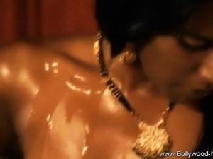 Bollywood Ecstacy With MILF Babe