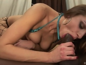 Bootylicious Nikki Nievez is totally ready for some African meat