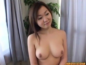 Yumi Aida strips naked and spreads wide to play with toys