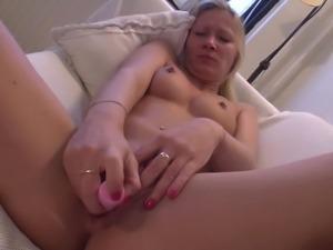 Foxy mom Amanda strips down and masturbates with fervor