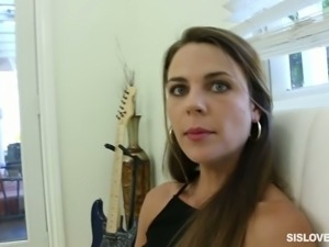 Ally Tate has to be one of the most fuckable women in the neighborhood