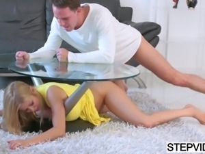 Stepmom Alexis Fawx gets fucked doggystyle