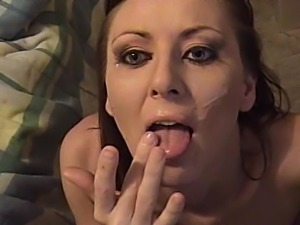 Retro chick in POV porno gets cumshot after sucking dick