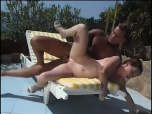 Sexy babe Daria Glower gets it on with a well hung waiter