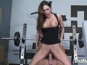 pornstar babe takes cock like a professional