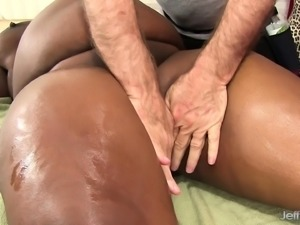 Curvy chocolate lady enjoys an erotic massage and blows a hard stick