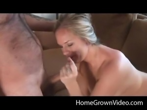 Getting down on her knees to have her hot face fucked