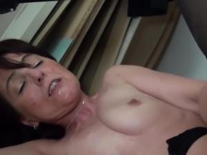 Mec de cite Baise Joyce cougar Juive - Slut Jewish Mature