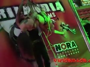 Jordi Lucena y Alexa Nasa suspension shibari en el SEB