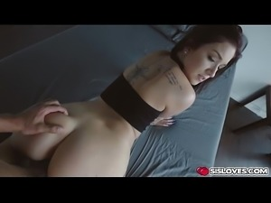 Sweet busty babe Naiomi Mae loves a hardcore fucking