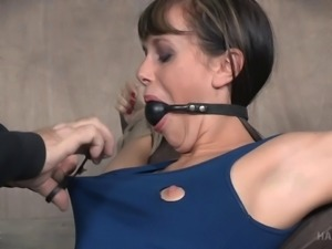 Alana Cruise's body ravished with many toys during a kinky game