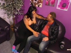 Slutty German housewife Kim gets to pleasure a quivering boner
