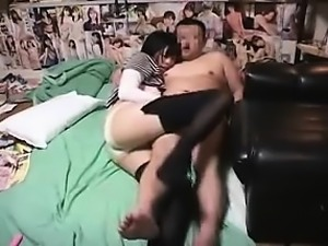 Adorable Japanese maid pleases her horny boss with her lips