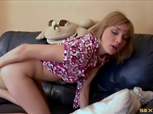 Skinny model with nice ass drilling her pussy using toy