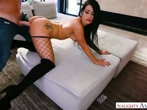 Well stacked babe Katrina Jade loves getting nailed that hard