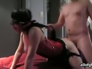 Awesome amateur BDSM session of a white couple on cam