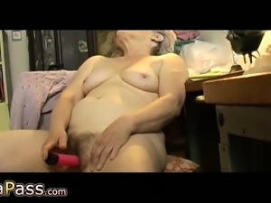 OmaPasS Hairy Grannies Masturbation