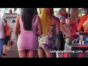 Ladyboy flashing ass in Publicp
