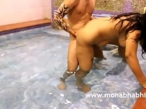 Mona Bhabhi Indian Hardcore XXX Fucking In Swimming Pool