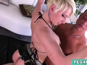 Blonde chick bangs guy narrow asshole with strap on